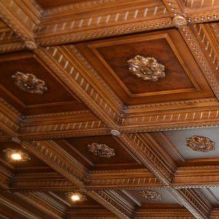 Кессонные потолки орех